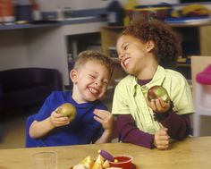 5 tips to stay on track with eating healthy with kids and families