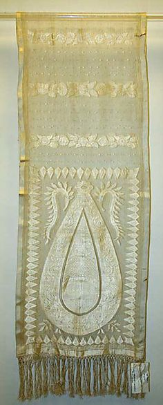 Scarf, 1800–1810, British, silk. In The Metropolitan Museum of Art collection.