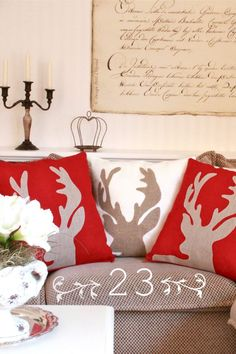 Simple reindeer silhouette with felt