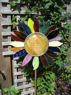 stained glass for gardens, glass sunflow, stainglass, yard, garden sunflow, stain glass, glass garden