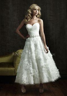Sweetheart A line Tea Length Zipper up Organza Sleeveless Bridal Gown
