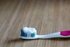 homemade toothpaste coconut oil uses, bake soda