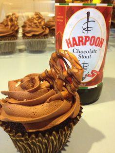 Super Bowl Beer and Pretzel Cupcakes
