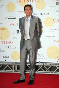 I do like him in Person of Interest among other things. His voice is great. kn  Jim Caviezel Photo - 'Valentino In Rome, 45 Years Of Style' Exhibition Opening