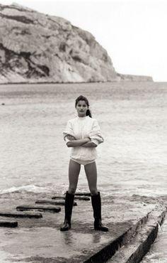 beaches, sweater, bathing, at the beach, sea, laetitia casta, fisherman, gone fishing, boots