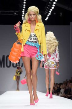 Moschino does the Barbie look! Spring 2015 Collection