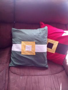 @Sew Charming by Becky #fabulouslyfestive Christmas Envelope Pillows - 45 minute Project