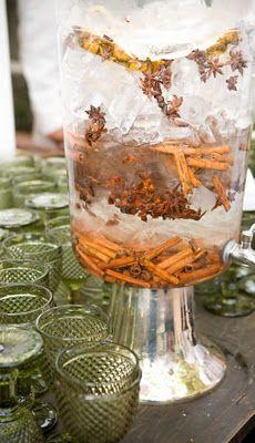 Água aromatizada com canela