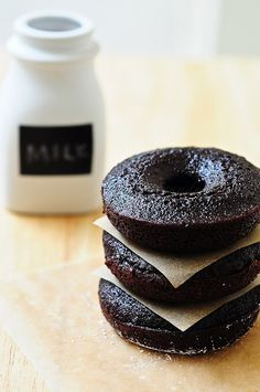 {Dark Chocolate Fudge Doughnut Cakes} these look deadly delicious!