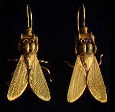 1870-80s English Victorian Fly Earrings, 18K Gold, from Erie Basin.