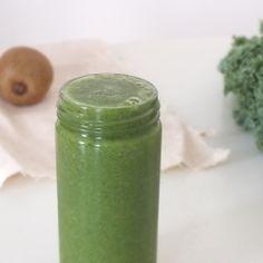 Kiwi-Kale Green Smoothie recipe