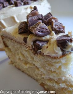 Fluffy Cake with Peanut Butter Icing
