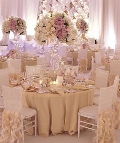 Ivory and White Wedding, so pretty!