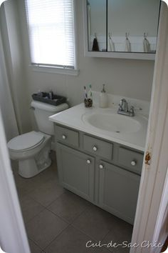 Bathroom paint colors: Benjamin Moore Seapearl (walls), Fieldstone (vanity)... http://www.bathroom-paint.net/bathroom-paint-color.php