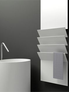 Aluminium towel warmer FLAPS by ANTRAX IT | Victor Vasilev