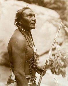 foreverinbloom:    Blackfoot man - circa 1920