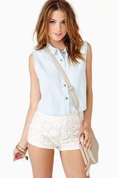 Daisy Field Shorts