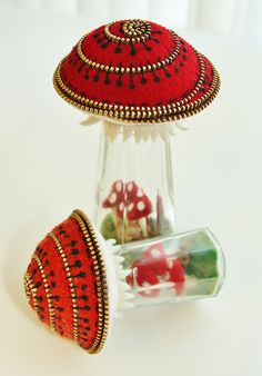 Mushroom terrarium pincushions. by woolly  fabulous, via Flickr