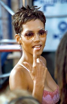 halle berry nude clothes - Google Search Hall Berri, Hale Berri