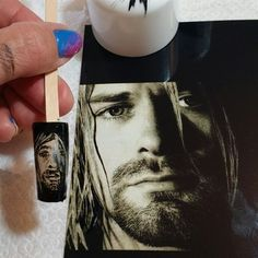 Day 207: Celebrity Face Off Nail Art - - NAILS Magazine