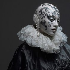 ... halloween costumes, queen, clown, white fashion, makeup, art, fashion photography, fashion women, night circus