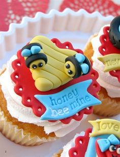 HoneyBEE Mine Valentine Cupcakes