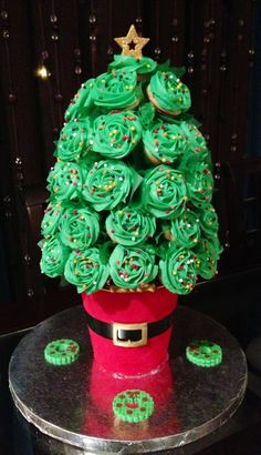 Cupcake christmas tree bouquet