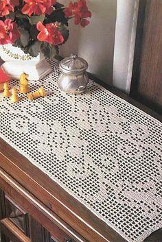 Todos tipos de toalha de centro em croche para mesa on - Napperon crochet chemin de table ...