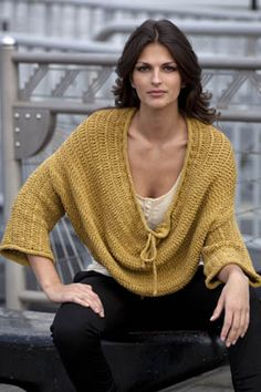 From Tahki Yarns, Elaine Oversize Pullover -       ♪ ♪ ... #inspiration #crochet  #knit #diy GB  http://www.pinterest.com/gigibrazil/boards/