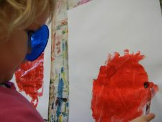 Painting while looking through a color paddle-atelierista: stories from the studio