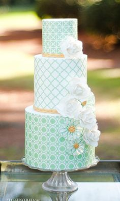 Style Unveiled - Style Unveiled | A Wedding Blog - Green Patterned Wedding Cake by Hey There Cupcake