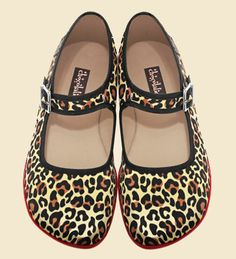chocolaticas! lovely animal print! comfortable shoe