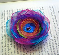 http://folksy.com/items/3047110-1-HANDMADE-FABRIC-FLOWER-HAIR-CLIP-OR-CORSAGE-OR-BROOCH-