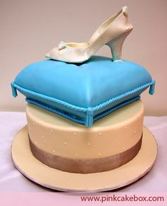 Glass Slipper Cake by Pink Cake Box