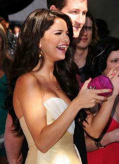 Selena Gomez Singer/actress Selena Gomez arrives at the 2011 Teen Choice Awards held at the Gibson Amphitheatre on August 7, 2011 in Univers...