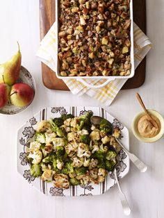 Roasted Cauliflower and Broccoli with Spicy Yogurt Sauce #thanksgiving #holiday #sides #family