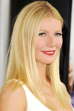For Gwyneth Paltrow's hair color, ask your stylist for Aloxxi Hair Color Personality HOLY CANNOLI® | Blonde Hair | Straight Blonde Hair | Medium Blond Hair | Celebrity Hair Style | #WhatsYourColorPersonality