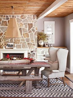 decor, dining rooms, dine room, rustic table, color