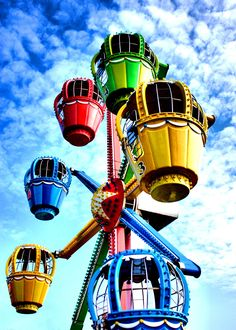Rainbow Ferris wheel cars color