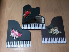 Susans Crafty Corner: Pianos and The Silhouette Cameo
