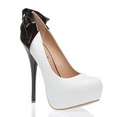I LOVE these shoes! Ah! So cute!