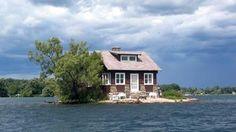 Mini-Luxury Living: 10 Small Homes Built on Tiny Islands