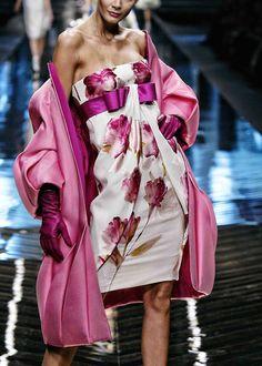 modeavenueparis:    ValentinoSpring/Summer 2008 Haute Couture