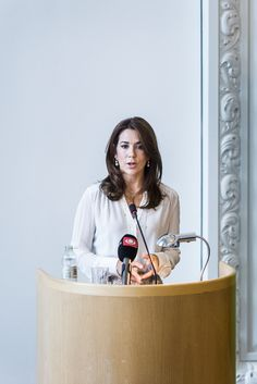 royalwatcher: Crown Princess Mary spoke at the Women Deliver conference, Denmark, August 18, 2014