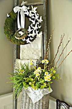 Beautiful spring wreaths and front door décor that will inspire you!