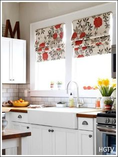 Cottage Style Kitchens - How to create a cottage kitchen on a budget!