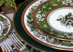 Spode Christmas Rose