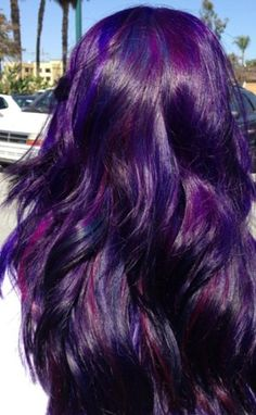 Pinning this just 'cos it reminded me of the purple hair i had when i was 21 years. Lol. Purple and blue streaks Purple Hair, Hair Colors, Shades Of Purple, Blue, Purpl Hair, Violet, Purplehair, Beauti, Highlight