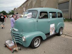 50 Chevrolet COE Suburban (Cab Over Engine), via Flickr.