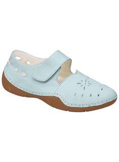Jordan at www.amerimark.com.  Cute, Mary Jane style shoe.  #complementsbyanthonyrichards #amerimark #maryjaneshoe #ladiesshoes #womensshoes #shopforshoe #luvshoes #loveshoes